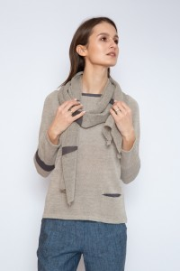 Knitted linen scarf